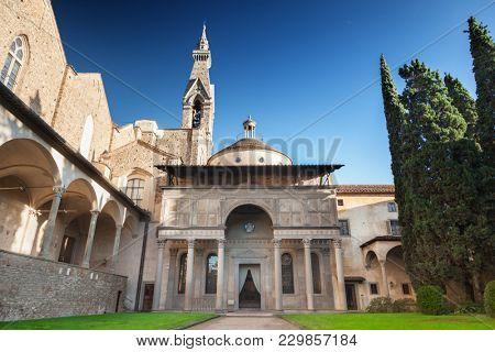 Pazzi chapel - Santa Croce Florence
