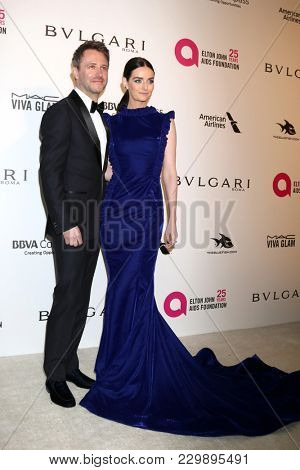 LOS ANGELES - MAR 4:  Chris Hardwick, Lydia Hearst at the 2018 Elton John AIDS Foundation Oscar Viewing Party at the West Hollywood Park on March 4, 2018 in West Hollywood, CA