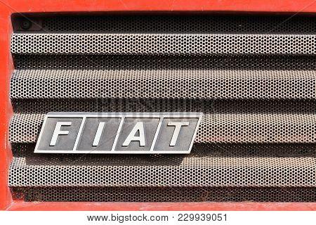 Barro, France - September 24, 2017: Fiat Logo On A Car. Fiat Chrysler Automobiles Is An Italian-amer