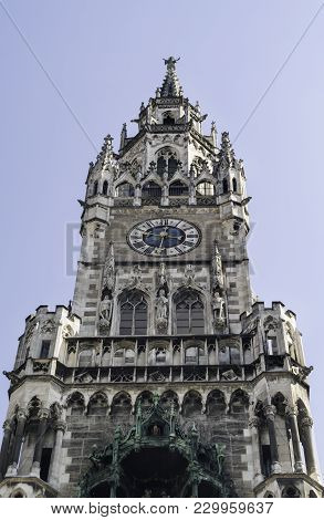 The New Town Hall (german: Neues Rathaus) Is A Town Hall At The Northern Part Of Marienplatz In Muni