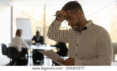 Stressed Sweaty Inexperienced Speaker Reading Speech Feeling Public Speaking Fear