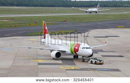 Airplane Push Back In Dusseldorf Airport