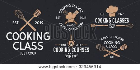 Cooking Classes Badges. Vintage Cooking And Food Labels, Emblems, Badges, Logo. Culinary School, Coo