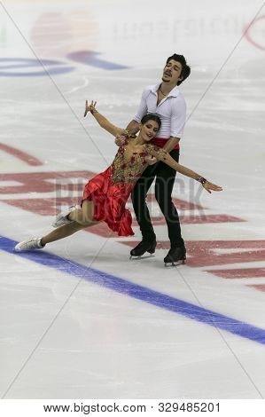 Minsk, Belarus -october 19, 2019: Couple Of Nicole Kelly And Berk Akalin From Turkey Performs Ice Da