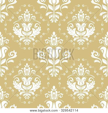 Classic Seamless Vector Pattern. Damask Orient Golden And White Ornament. Classic Vintage Background