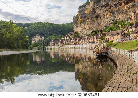 La Roque-Gageac, Dordogne, France - August 13, 2019: View of the river Dordogne at La Roque-Gageac. France