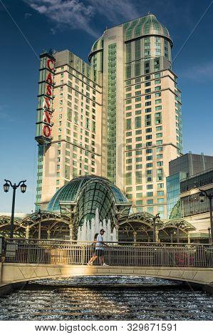 Niagara, Ontario, Canada, Aug 2006 - Niagara Fallsview Casino Located At The Border Attracts Gambler
