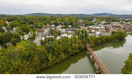 Qauint Little Town On The Hudson River Called Catskill In Upstate New York