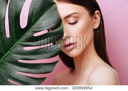 Beauty Woman With Natural Green Palm Leaf Portrait, Model Girl With Perfect Makeup, Natural Eyeshado