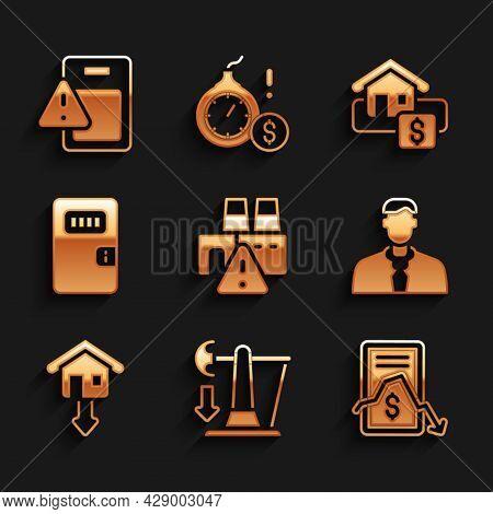 Set Shutdown Of Factory, Drop In Crude Oil Price, Mobile Stock Trading, Worker, Falling Property Pri