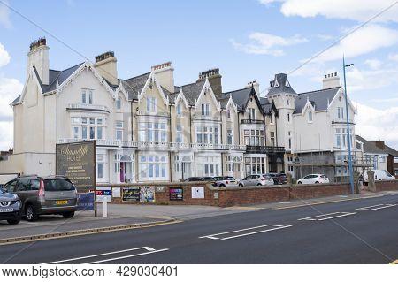 Seaton Carew Beach In Devon, U.k. July, 30,2021.hotel And House Buildings On North Seaside Beach. Mo