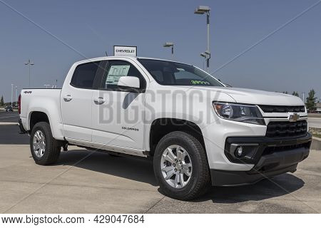 Muncie - Circa August 2021: Chevrolet Colorado Pickup Display. Chevy Is A Division Of Gm And Offers