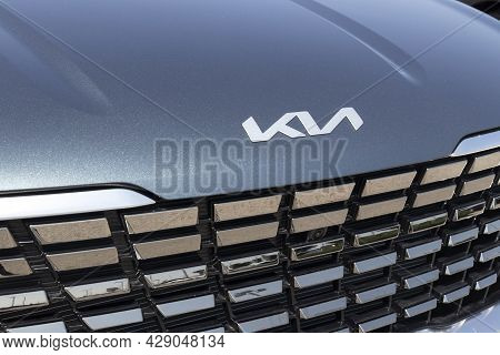 Muncie - Circa August 2021: Kia Carnival Display. Kia Motors Is Minority Owned By The Hyundai Motor