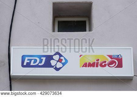 Toulouse , Occitanie France  - 06 25 2021 : Fdj Amigo Logo Brand And Sign Text Of France National Lo