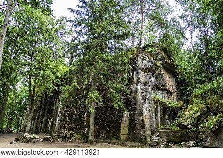 Adolf Hitlers Bunker - The Wolfs Lair, In Wolfsschanze. Poland