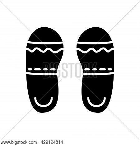 Taiwan Slippers Glyph Icon. Taiwanese Walking Shoes. Oriental Footwear. Asian Item. Black Filled Sym