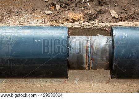 New Water Supply Pipes. Replacement Of Water Supply Pipes.