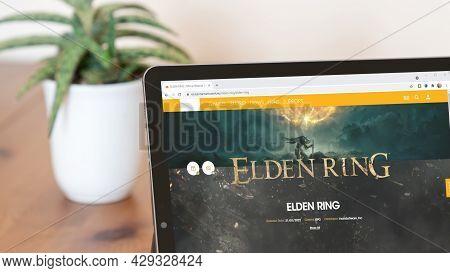 Istanbul, Turkey - August 2021: Illustrative Editorial Screenshot Of Elden Ring Video Game Website H