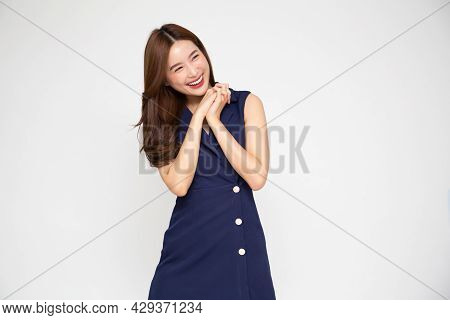 Young Beautiful Asian Woman Surprise And Delight Isolated Over White Background, Thrilled Excited Co
