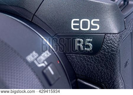 Kuala Lumpur, October 03, 2020: The Eos R5, Mirrorless Digital Photo Camera. Close-up On The Eos R5