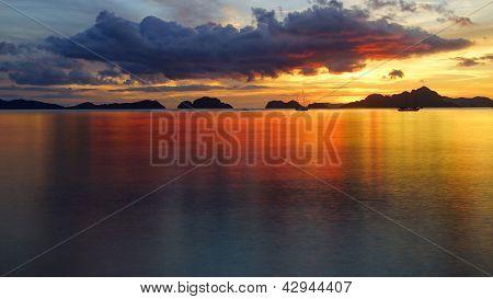 Corong corong beach during sunset. El Nido