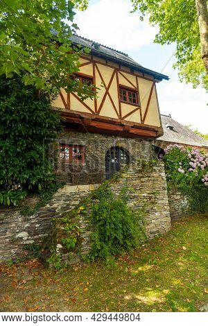 Old Colored House In The Medieval Village Of Rochefort-en-terre, Morbihan Department In The Brittany