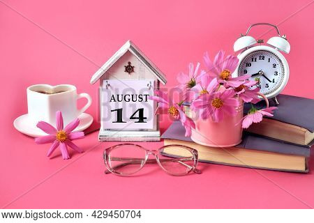 Calendar For August 14 : The Name Of The Month Of August In English, The Number 14, A Cup Of Tea, Bo