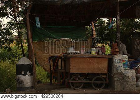 Bulhowal Hoshiarpur Punjab India 05 29 2021 Old Wooden Roadside Tea Vendor Stall