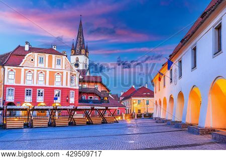Sibiu, Transylvania. Evangelical Cathedral, And Liar's Bridge Connecting Small Square With Huet Squa