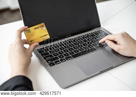 The Concept Of Using Credit Card To Pay For Goods Or Services On Online Websites, Online Shopping By
