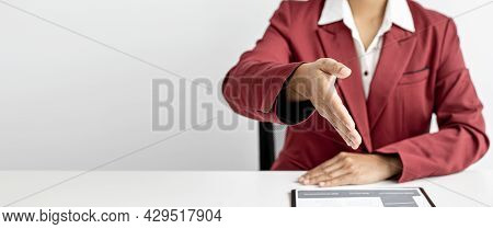 The Manager Is Reaching Out To The Job Applicant After The Job Interview And Is Ready To Accept The