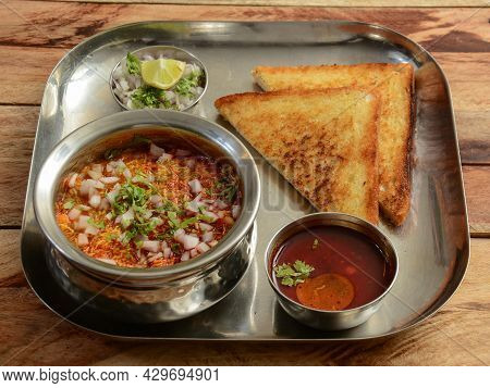 Bread Toast With Misal, Poona Misal Or Puneri Misal Is A Special And Popular Item In Pune, Maharasht