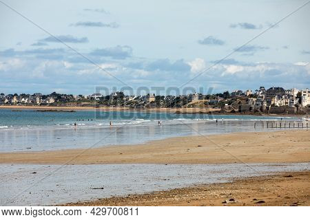 St Malo, France - September 14, 2018: Main Beach Of The Famous Resort Town Saint Malo In Brittany, F