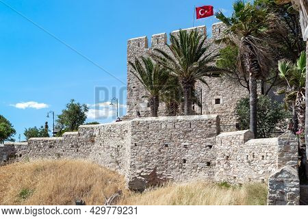 Kusadasi, Turkey - June 2, 2021: These Are Walls And Citadel Of The Ottoman Guvercinada Fortress (15