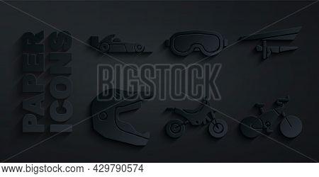 Set Mountain Bike, Hang Glider, Motocross Motorcycle Helmet, Bicycle, Ski Goggles And Formula 1 Raci