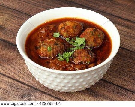Veg Kofta Curry - Classic North Indian Vegetarian Recipe Alternative To Meatballs Served With Tandoo