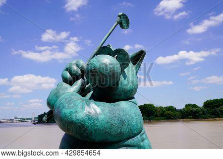 Bordeaux , Aquitaine France  - 07 04 2021 : Exhibition Le Chat Deambule The Cat Walks With Statue Go