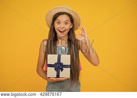This Sale Is Too Hot. Happy Kid With Gift Box Show Ok Sign. Holiday Sale. Birthday Anniversary. Fant