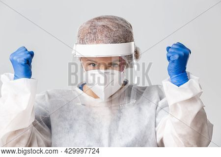 Medical Workers, Covid-19 Pandemic, Coronavirus Concept. Close-up Of Successful And Cheerful Female