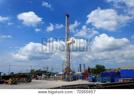 Land Drilling Rig In Yard