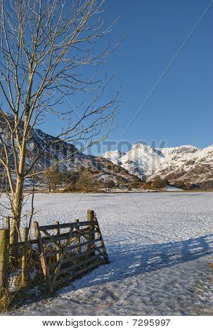 Langdales Pikes Mountains