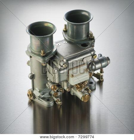 Italian automobile carburetor