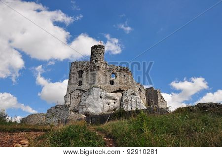 The Old Castle Ruins Of Mirow, Poland