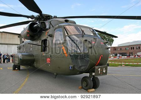 Sikorsky Ch-53 Stallion Helicopter