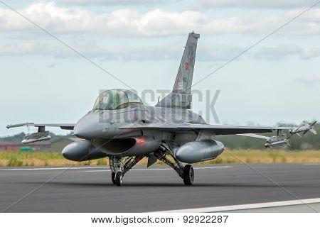Turkey F/16 Fighter