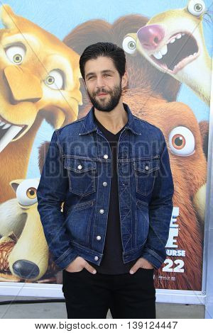 LOS ANGELES - JUL 17:  Josh Peck at the 'Ice Age: Collision Course' at the 20th Century Fox Lot on July 17, 2016 in Los Angeles, CA