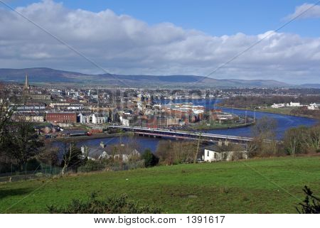 Bridge Into Derry