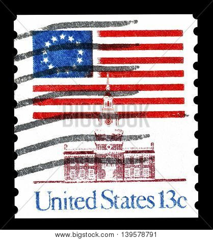 USA - CIRCA 1998 : Cancelled postage stamp printed by USA, that shows star flag and Independence hall.