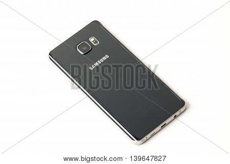 Bangkok, Thailand - November 8, 2015:new Smartphone Samsung Galaxy Note 5 With S Pen Unpacking.the D