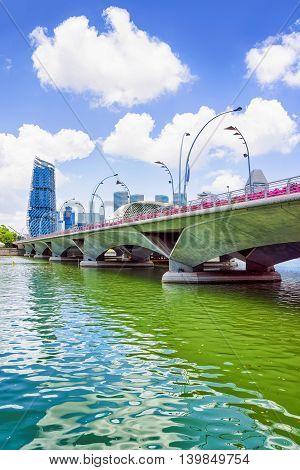 Jubilee Bridge At The Marina Bay Of Singapore